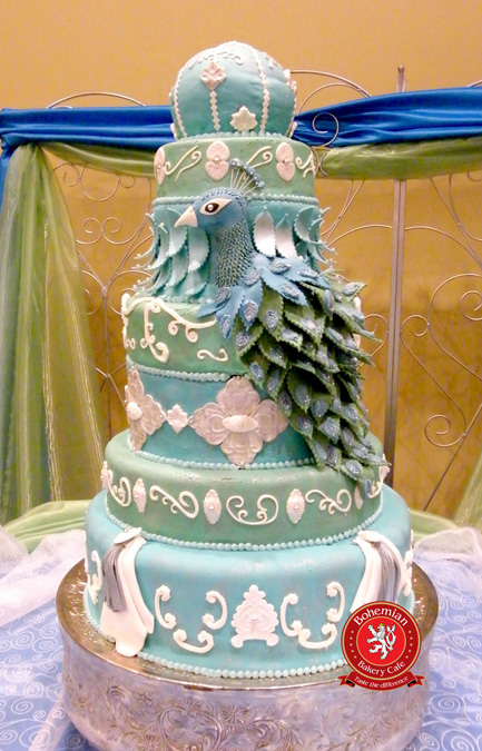 sweet 15 seven tiered quinceanera cake green silver turquoise sugar peacock