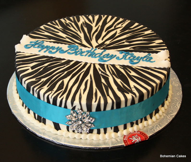 ROUND ZEBRA CAKE