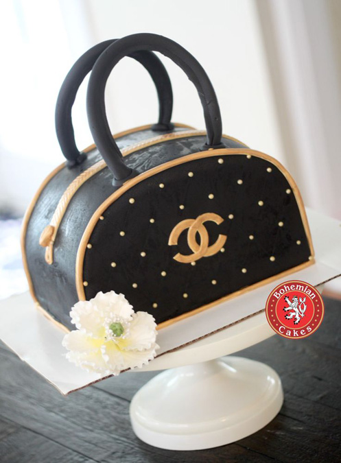 3D COACH PURSE BLACK AND GOLD