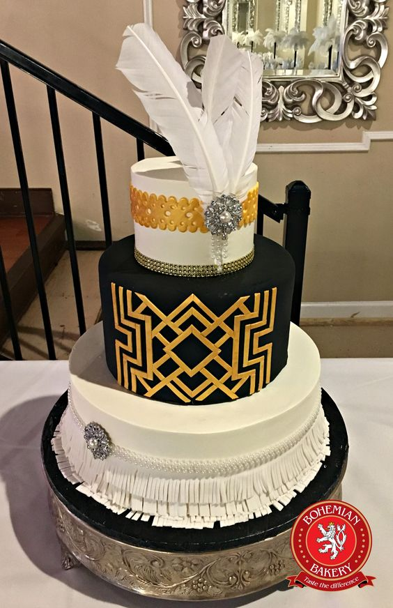 W-8 Gatsby Wedding Cake